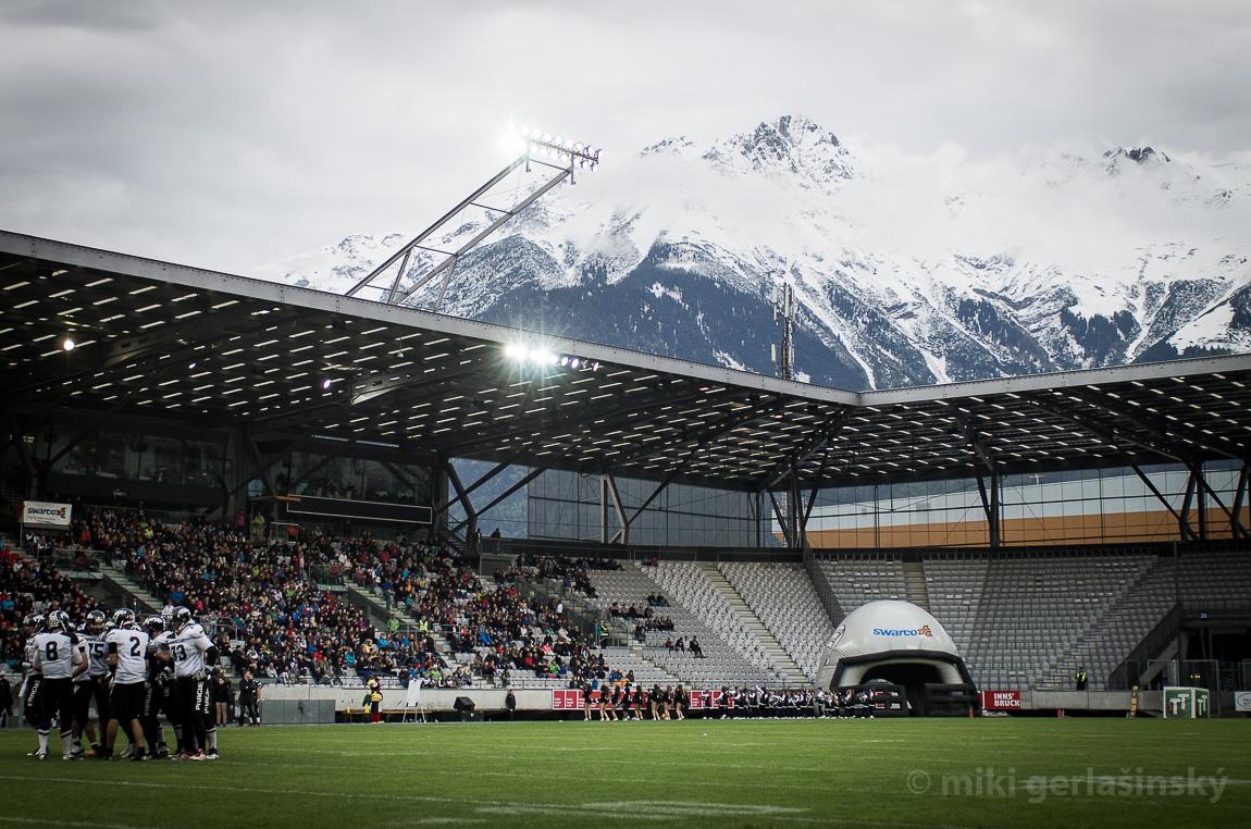 A končí i další legenda AFL. Zápasy se v Innsbrucku nebudou hrát tady, ale ve městečku Wattens. Raiders sem případně přesunou semifinále. Foto: Miki Gerlašinský