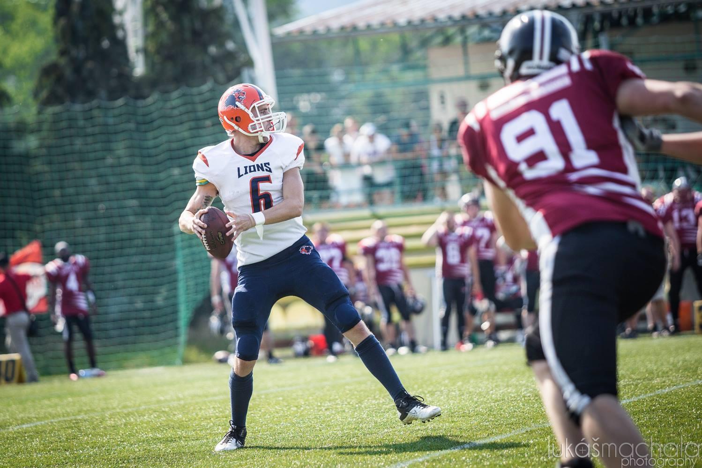 Nick Cole hrál v semifinále na pozici quarterbacka potřetí v životě.Foto: Lukáš Machala
